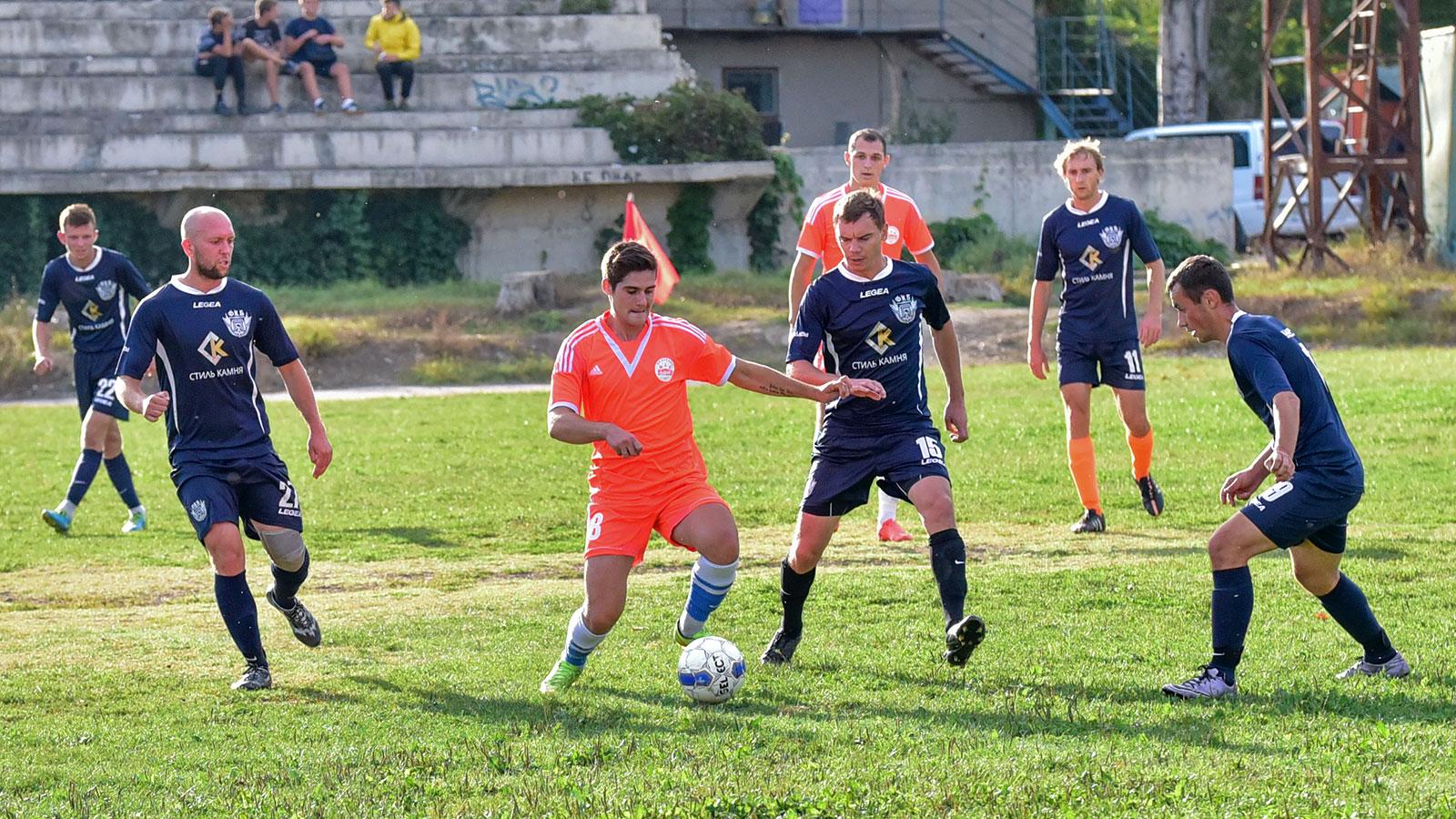 Александр Красильников: «Главной задачей Федерации является способствовать построению полного цикла подготовки футболистов в городе»