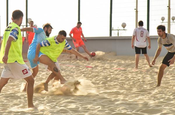 В Севастополе прошли первые матчи Кубка Губернатора города Севастополя по пляжному футболу - 2020