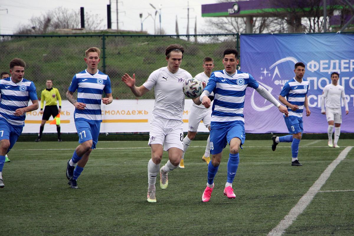 Сборная СевГУ с поражения дебютировала в Высшем дивизионе НСФЛ