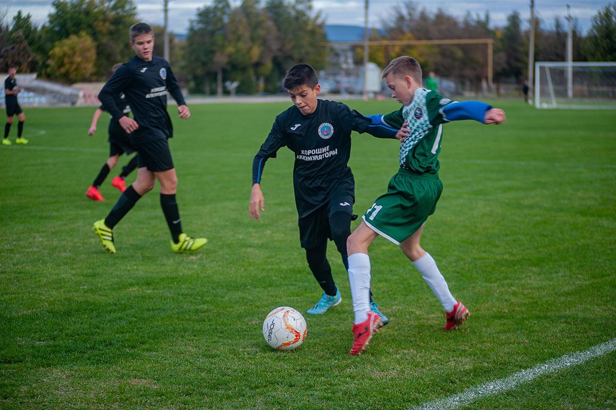 Первенство Севастополя по футболу среди юношей сезона 2021/22 набирает обороты
